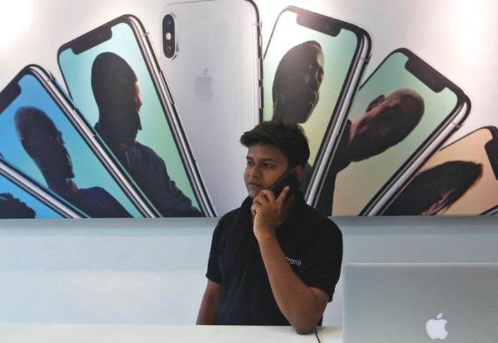 Sản lượng iPhone đời cũ có nguy cơ thiếu hụt vì nhà máy sản xuất của Foxconn và Wistron tại Ấn Độ buộc phải đóng cửa - Ảnh 2.