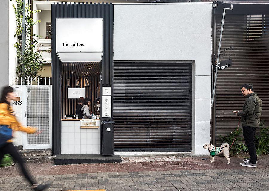 Quán cà phê siêu nhỏ siêu xinh xắn đúng chuẩn chủ nghĩa tối giản của Nhật Bản - Ảnh 1.