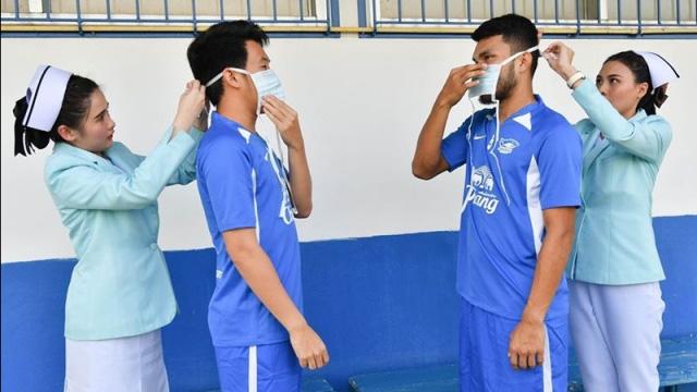 """Đội bóng Thái Lan ra quy định phạt tiền để kiểm soát cân nặng của cầu thủ: """"Vui miệng"""" ăn nhiều là mất ngay vài triệu - Ảnh 1."""