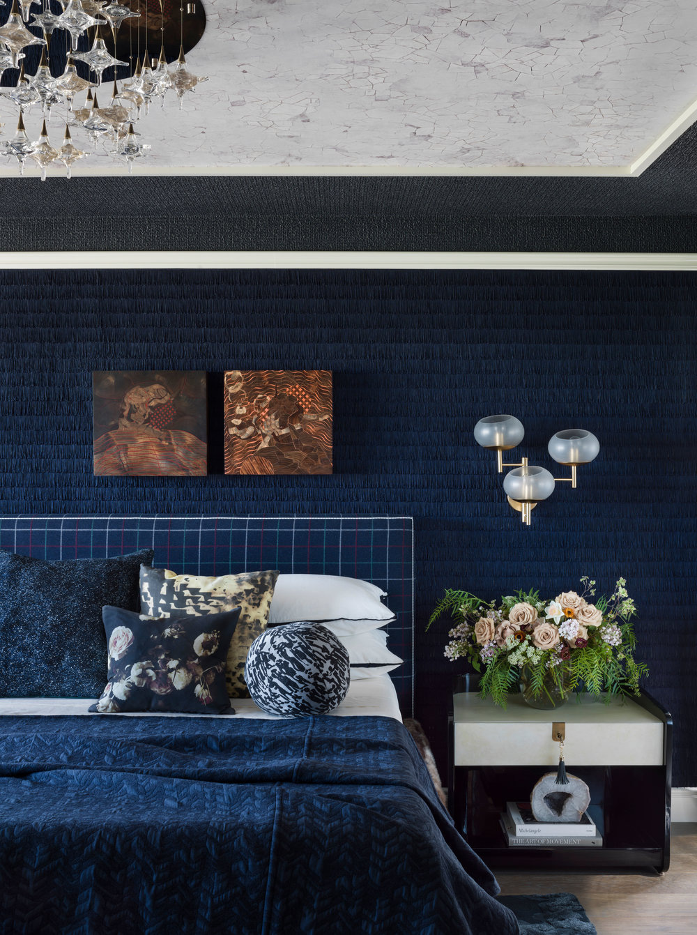 Sức lôi cuốn khó lòng chối từ những căn phòng ngủ mang sắc xanh biển cả - Ảnh 18.