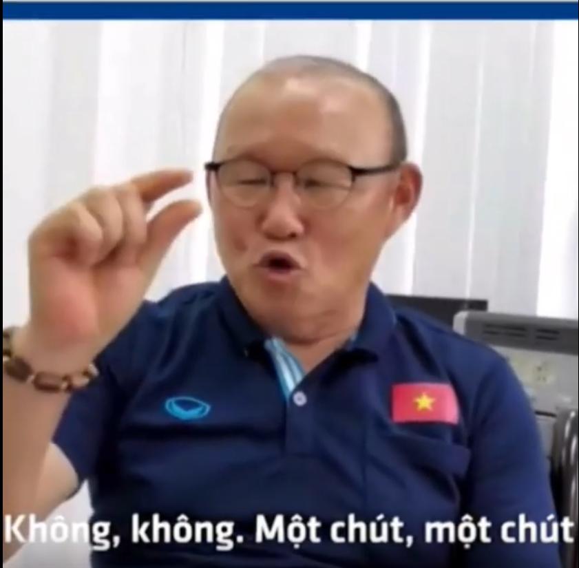Sau vài tuần học tiếng Việt, HLV Park Hang-seo đã nói được những câu hội thoại nào?  - Ảnh 2.