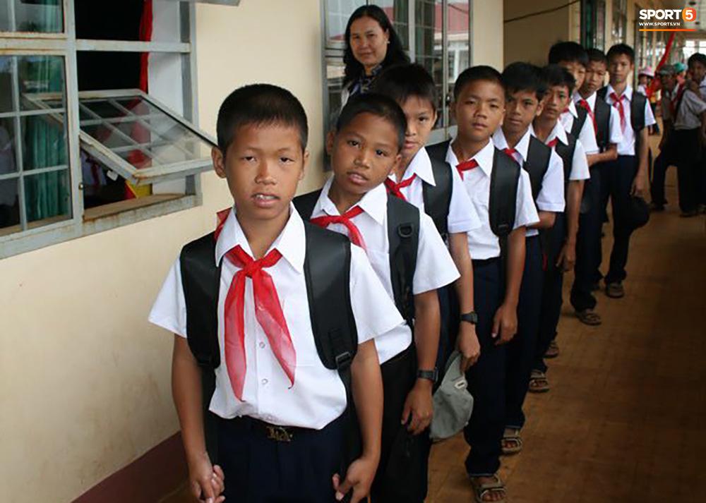 """Trào lưu """"trở về tuổi thơ"""" của các cầu thủ, thử thách kiến thức fan bóng đá Việt Nam - Ảnh 2."""