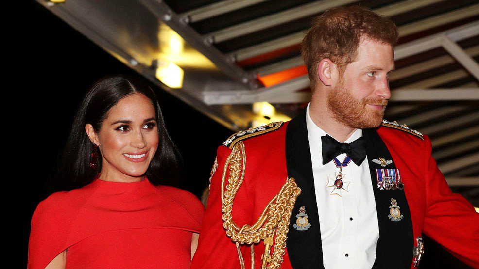 """Cú sốc hoàng gia Anh: Meghan Markle được cho là hét giá 29 tỷ đồng để tạo ra """"quả bom"""" làm nổ tung gia đình nhà chồng - Ảnh 1."""