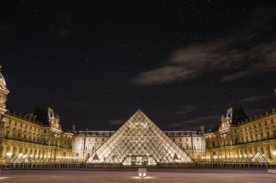 Miễn phí tham quan online, bảo tàng Louvre nổi tiếng của Pháp tạo ra giao diện thực tế ảo cho du khách khám phá - Ảnh 1.