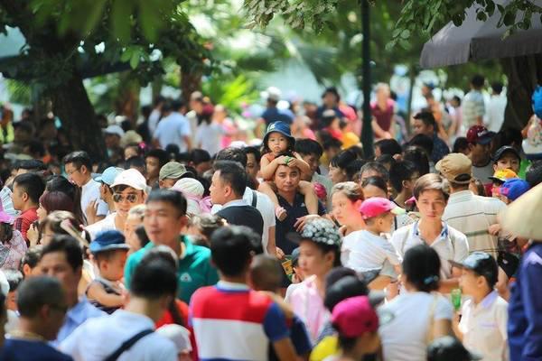 Đồng Tháp không tổ chức hoạt động tập trung đông người dịp nghỉ lễ 30/4 và 1/5 - Ảnh 1.