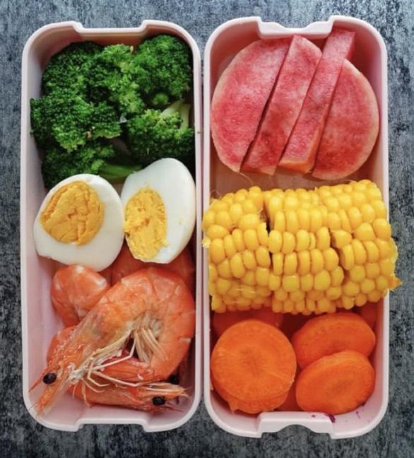 Thực đơn ăn kiêng cho mỗi tuần trong 3 tháng, không tập luyện gì, nằm ngồi cả ngày cũng giảm được 15kg - Ảnh 2.