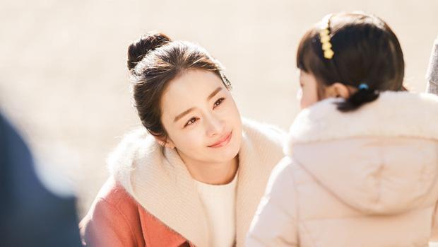 Nổi tiếng cưng chiều Kim Tae Hee thế nhưng Bi Rain lại chẳng xem Hi Bye, Mama! của vợ vì sợ khóc sưng mặt! - Ảnh 1.