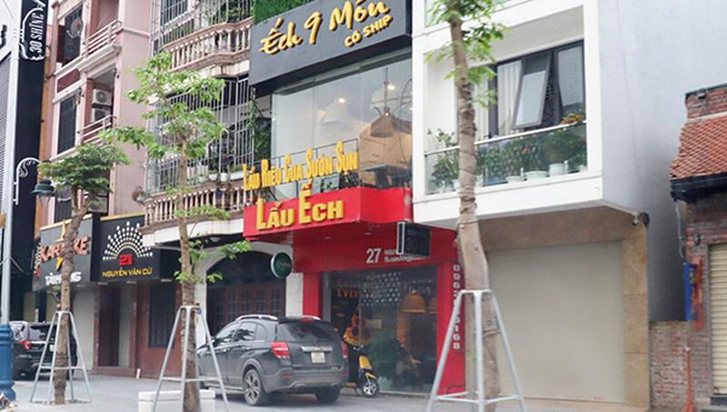 Quán lẩu ếch khép cửa tầng 1, nhưng có nhóm khách đang ăn nhậu trên tầng 3 - Ảnh 2.