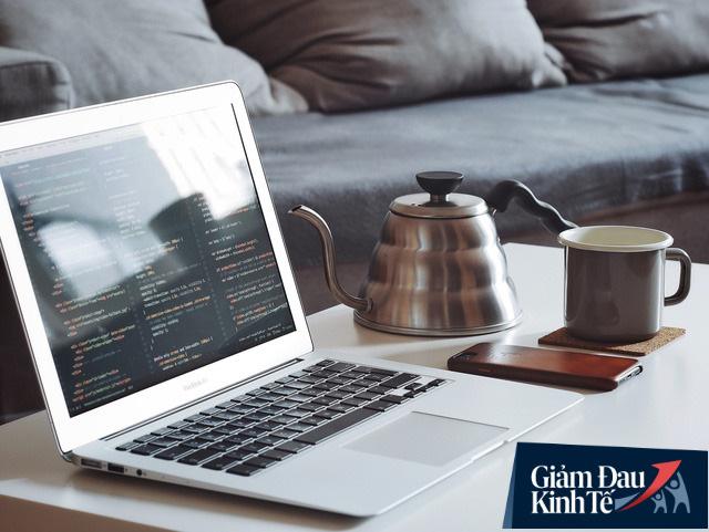 Nhân viên làm việc ở nhà mùa dịch Covid-19, chuyên gia đại học RMIT đưa ra 5 lời khuyên để doanh nghiệp vận hành hiệu quả - Ảnh 2.