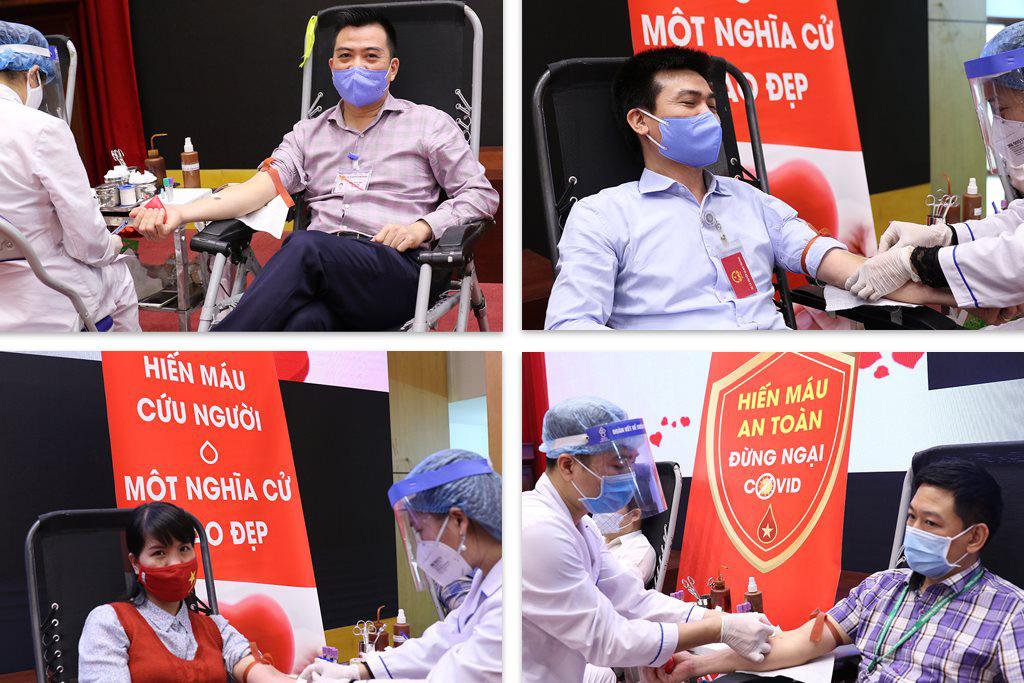 Bộ trưởng Trần Hồng Hà tham gia hiến máu tình nguyện - Ảnh 2.
