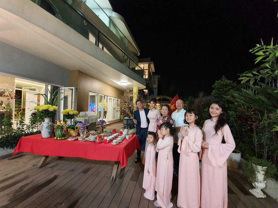 Biệt thự như khách sạn của siêu mẫu Vũ Thu Phương - Ảnh 2.
