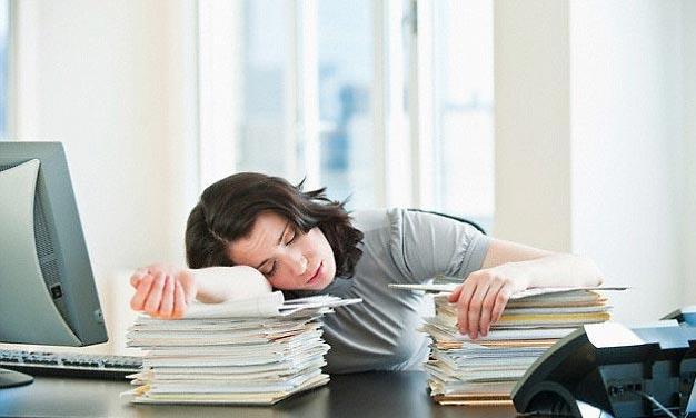 Thức khuya chơi game có tác hại gì? Xin hãy đọc ngay trước khi phải ân hận - Ảnh 2.