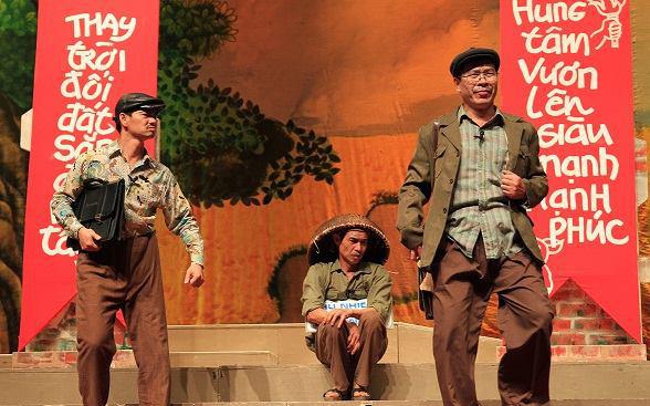 Vở kịch Bệnh sĩ của Lưu Quang Vũ mở màn