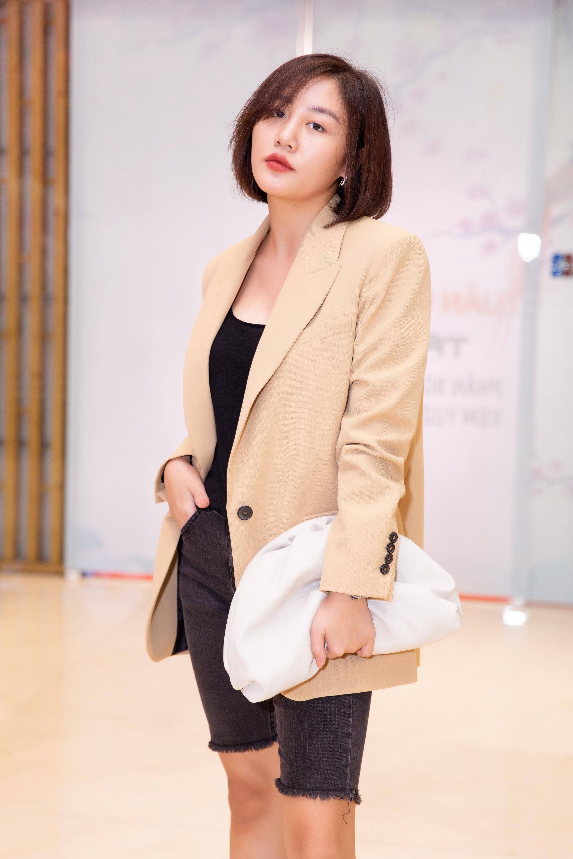 Văn Mai Hương mặc cá tính đi sự kiện - Ảnh 3.