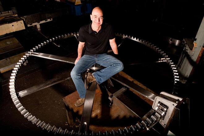 Kỳ quan khổng lồ của tỷ phú Jeff Bezos: Tiêu tốn 42 triệu USD, 1000 năm đổ chuông 1 lần - Ảnh 2.