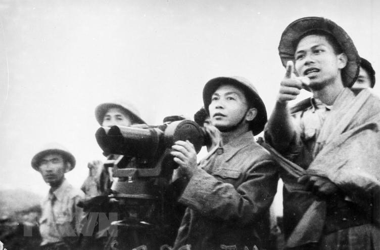Bác Hồ và Đại tướng Võ Nguyên Giáp trong Chiến dịch Điện Biên Phủ  - Ảnh 10.