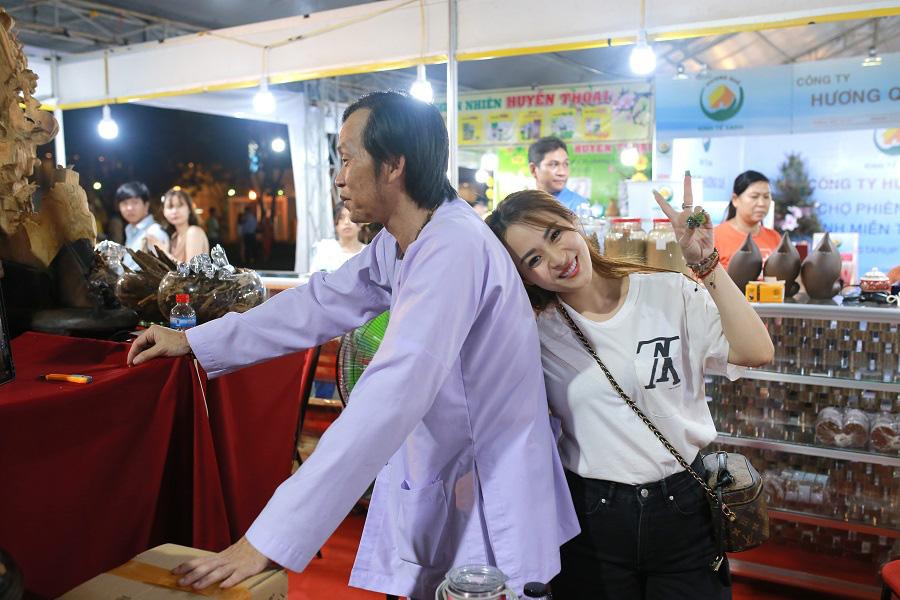 Ba Hoài Linh vừa nhận tôi làm con nuôi, trên báo bắt đầu rùm beng, nhiều người tị nạnh - Ảnh 5.