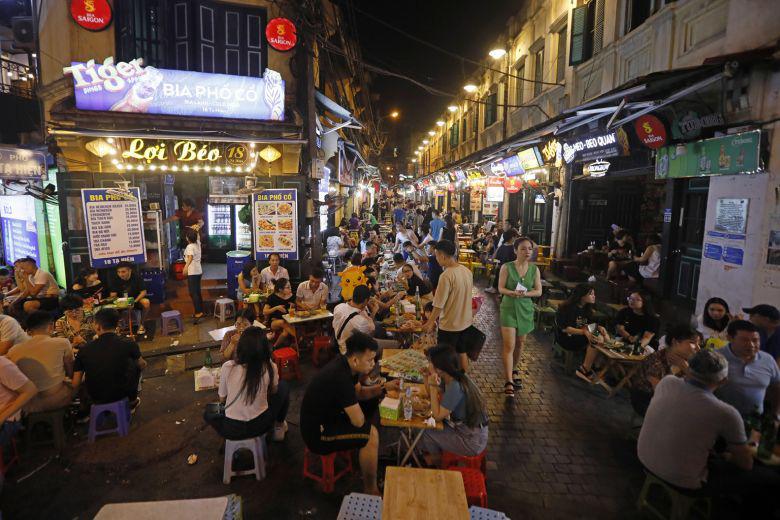Giá rẻ, có người Việt lên kế hoạch đi du lịch ở 5 địa điểm khác nhau trong vòng 4 tháng - Ảnh 1.