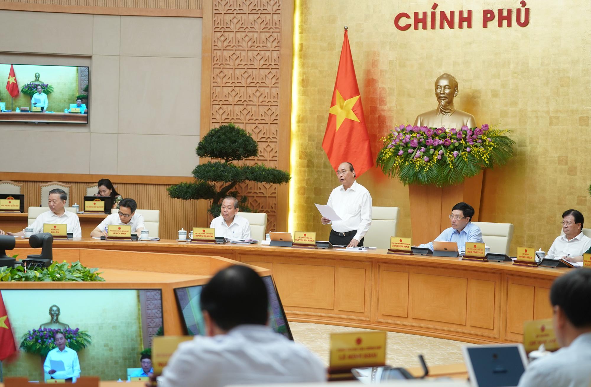 Thủ tướng đánh giá cao Bộ Văn hóa, Thể thao và Du lịch cùng các hiệp hội có những chương trình kích cầu du lịch nội địa tốt - Ảnh 2.