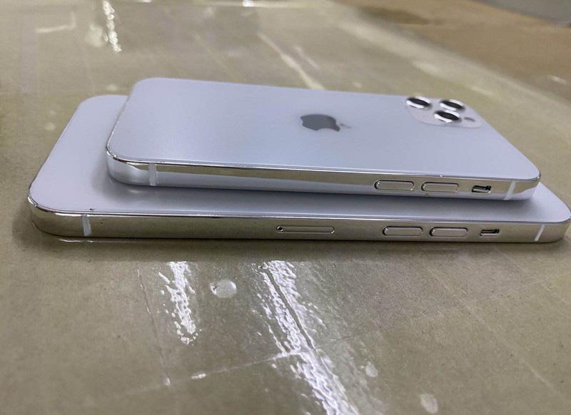 Mô hình iPhone 12 moi - 2