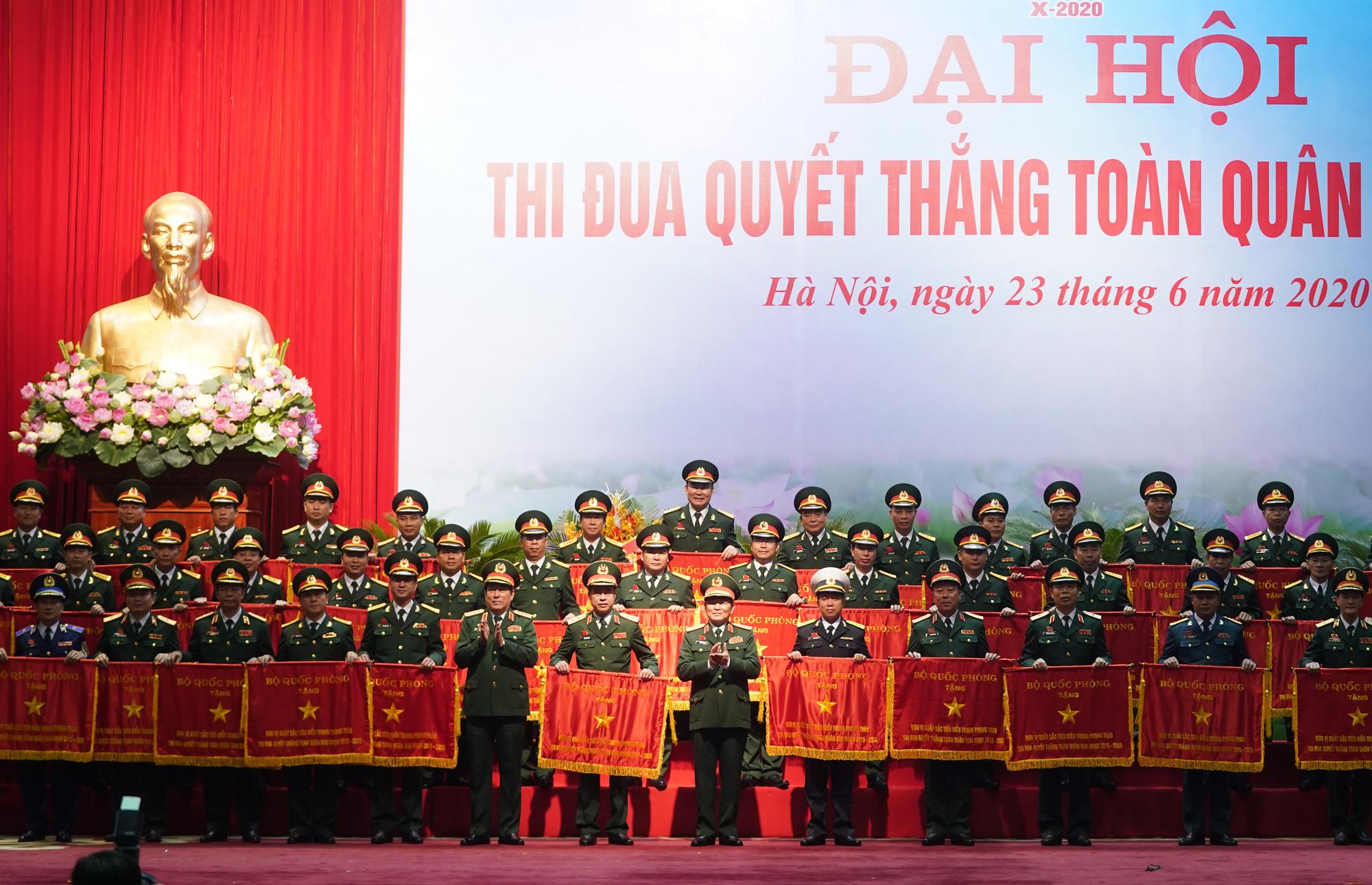 Thủ tướng xúc động trước những hành động, việc làm thiết thực của những anh Bộ đội Cụ Hồ trong chống dịch Covid-19 - Ảnh 2.