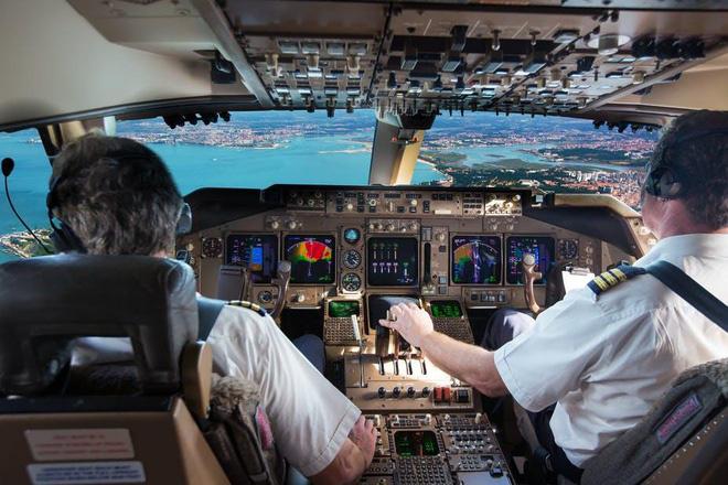 Sử dụng phi công Pakistan, Cục Hàng không Việt Nam nói có, các hãng bảo không - Ảnh 1.