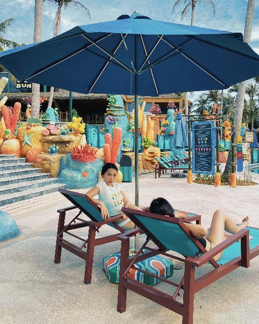"""Hot blogger Hà Trúc: Rực rỡ với trải nghiệm """"ăn ngon, mặc đẹp"""" và du lịch chất tại Nam đảo Phú Quốc - Ảnh 10."""