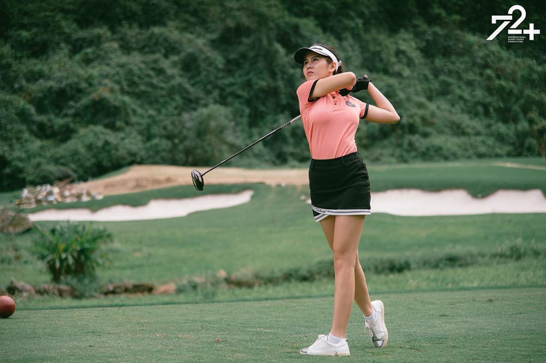 Không hẹn mà gặp hội mỹ nhân Việt đều rủ nhau check-in ở sân golf: 1 buổi chơi golf có lợi ích bằng 1 tuần tập thể dục nên bảo sao không mê cho được - Ảnh 7.