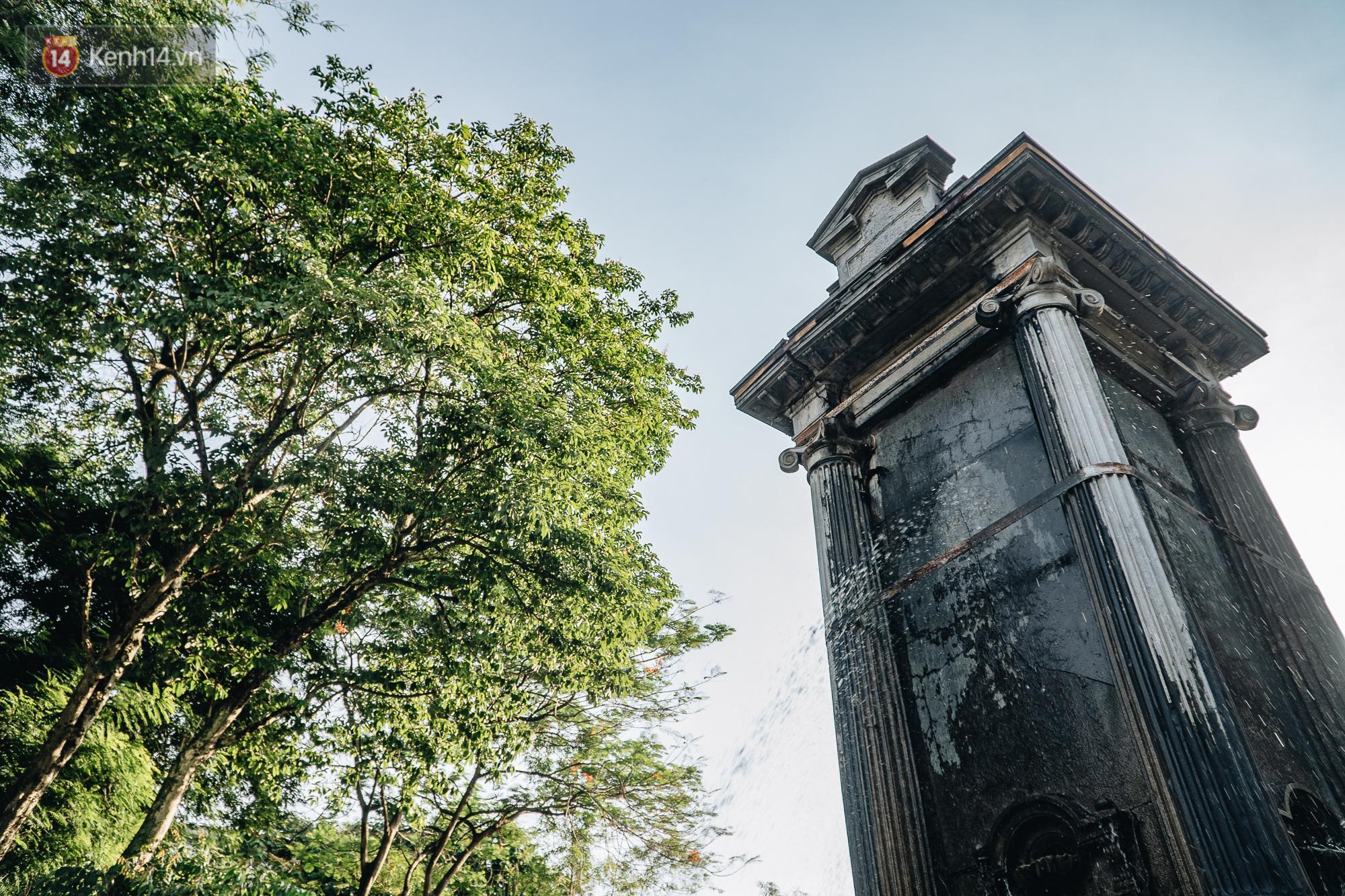 Đeo đai chống sập cho đài phun nước cổ nhất Hà Nội tồn tại 120 năm - Ảnh 6.