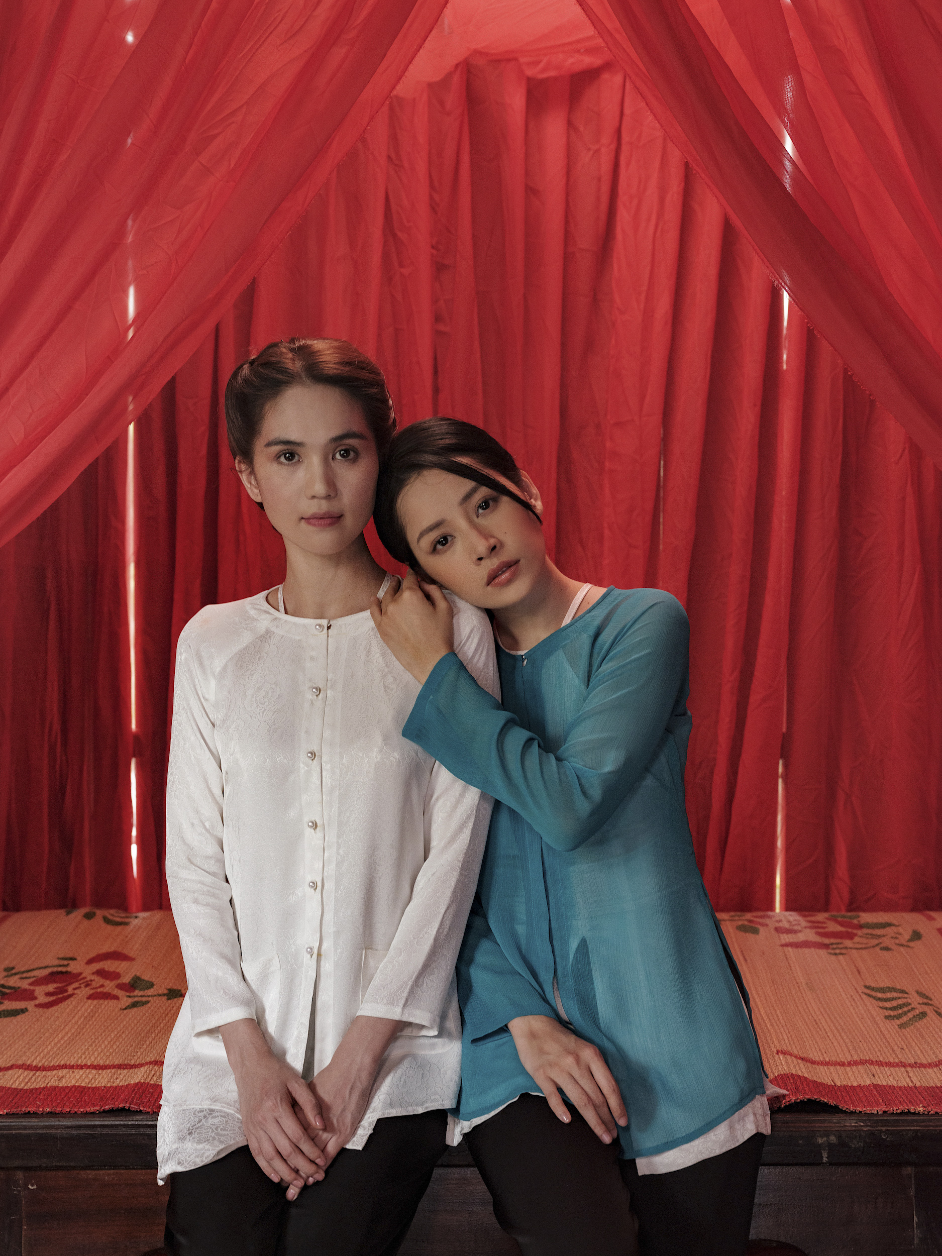 Chi Pu không sợ bị Ngọc Trinh lấn át khi đóng MV chung - Ảnh 1.