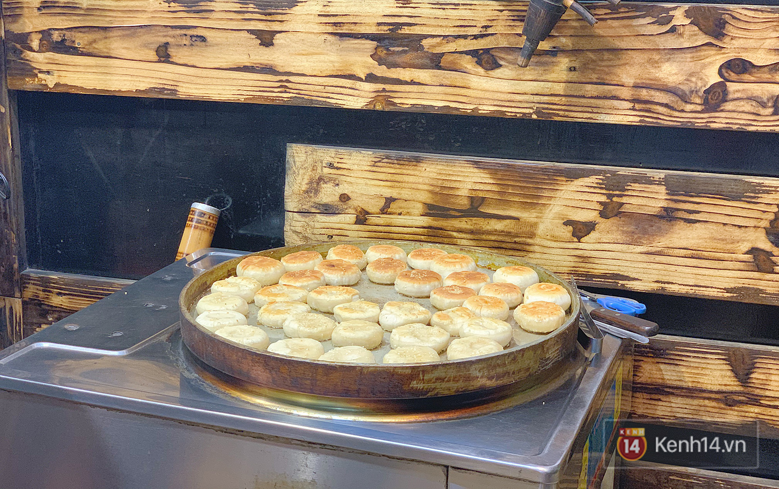 Đến Sa Pa thử bao nhiêu đặc sản nhưng không phải ai cũng từng biết đến món bánh hạt dẻ này - Ảnh 3.