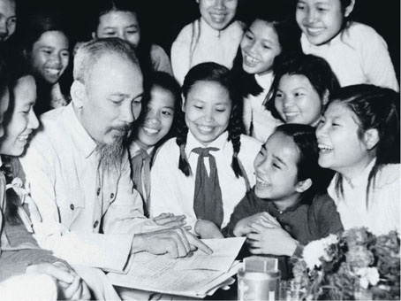 Chủ tịch Hồ Chí Minh - Lãnh tụ vĩ đại trọn đời hy sinh cho đất nước và hạnh phúc của nhân dân  - Ảnh 1.