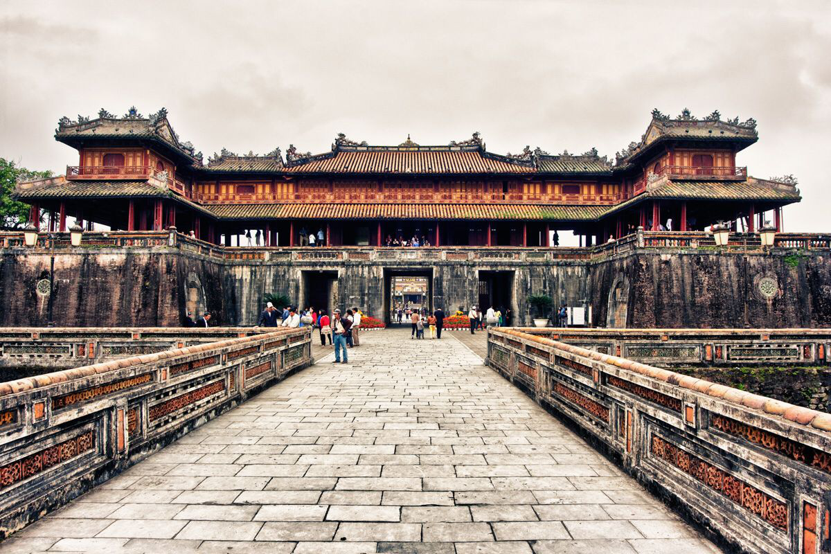 Báo ngoại ca ngợi 5 địa điểm 'đi trốn' vừa đẹp, vừa rẻ, đồ ăn lại ngon 'hết sảy' của Việt Nam - Ảnh 3.
