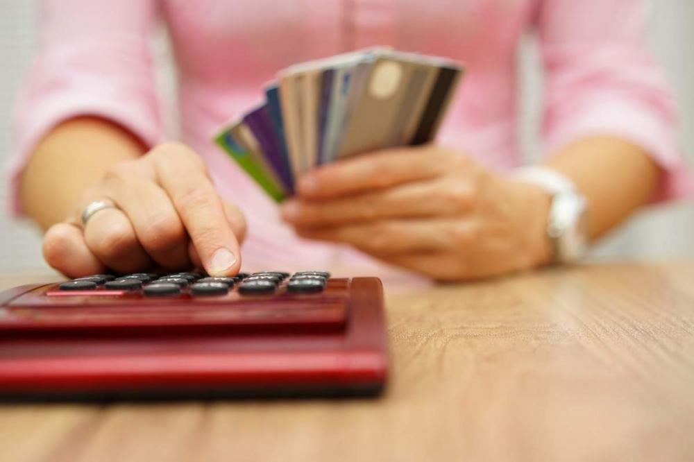 Những điều cần biết về lãi suất thẻ tín dụng và cách tránh bị tính lãi trả chậm cho chị em - Ảnh 5.