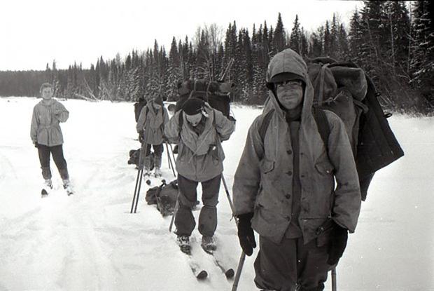 9 người chết trên đường trekking đến ngọn núi có tên như điềm báo, thi thể đầy rẫy vết thương nghi bị người ngoài hành tinh giết, sự thật là gì? - Ảnh 3.