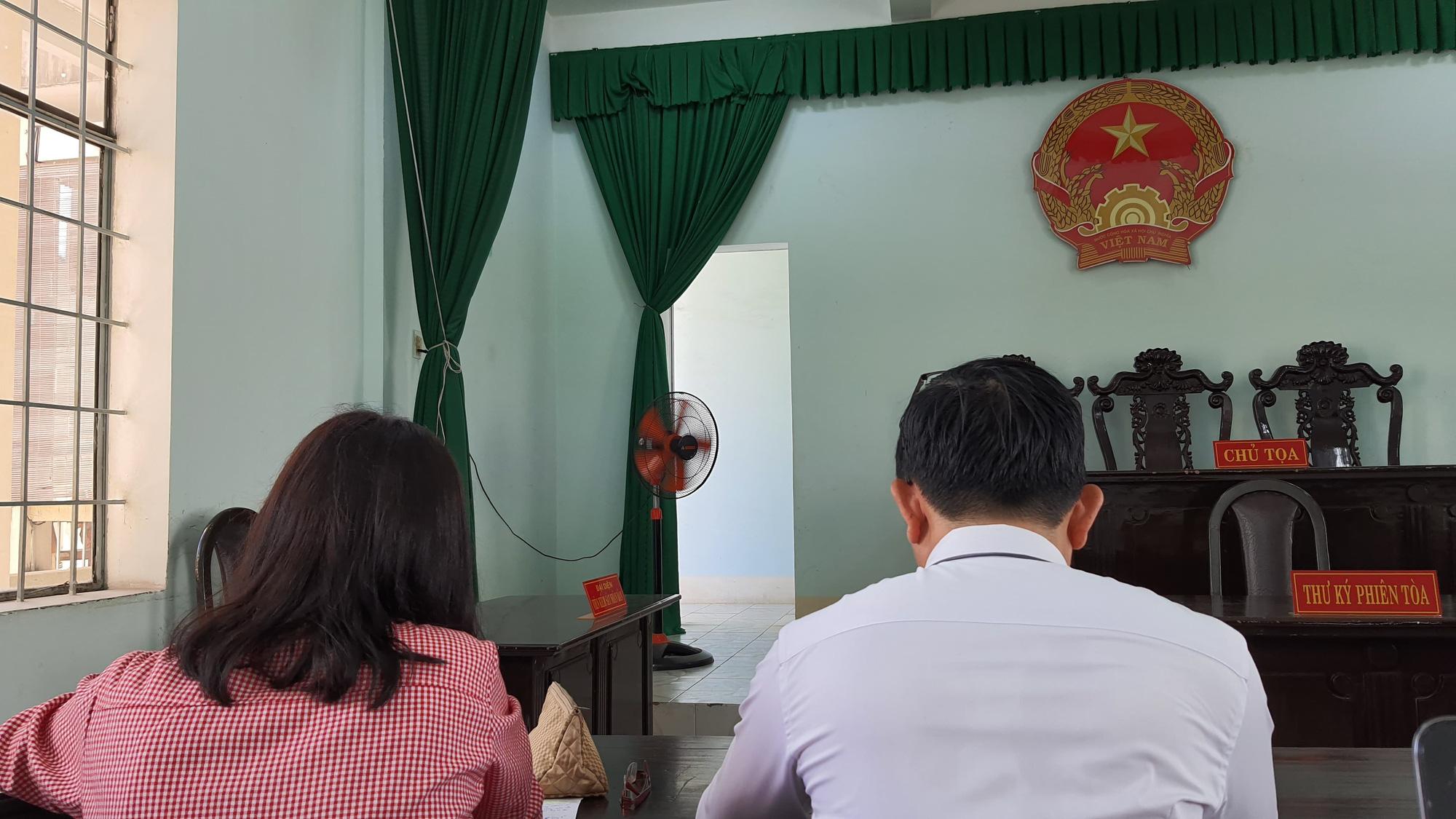 Buộc thôi việc đột ngột, Coca-Cola Việt Nam phải bồi thường tiền khủng cho cựu nhân viên - Ảnh 1.