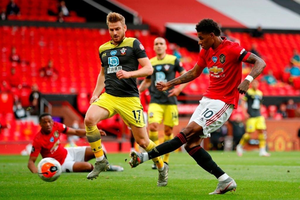 Thủng lưới phút bù giờ, Manchester United đánh mất cơ hội vào top 3 sau trận hòa đáng tiếc trước Southampton - Ảnh 4.