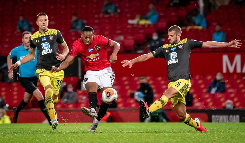Thủng lưới phút bù giờ, Manchester United đánh mất cơ hội vào top 3 sau trận hòa đáng tiếc trước Southampton - Ảnh 6.