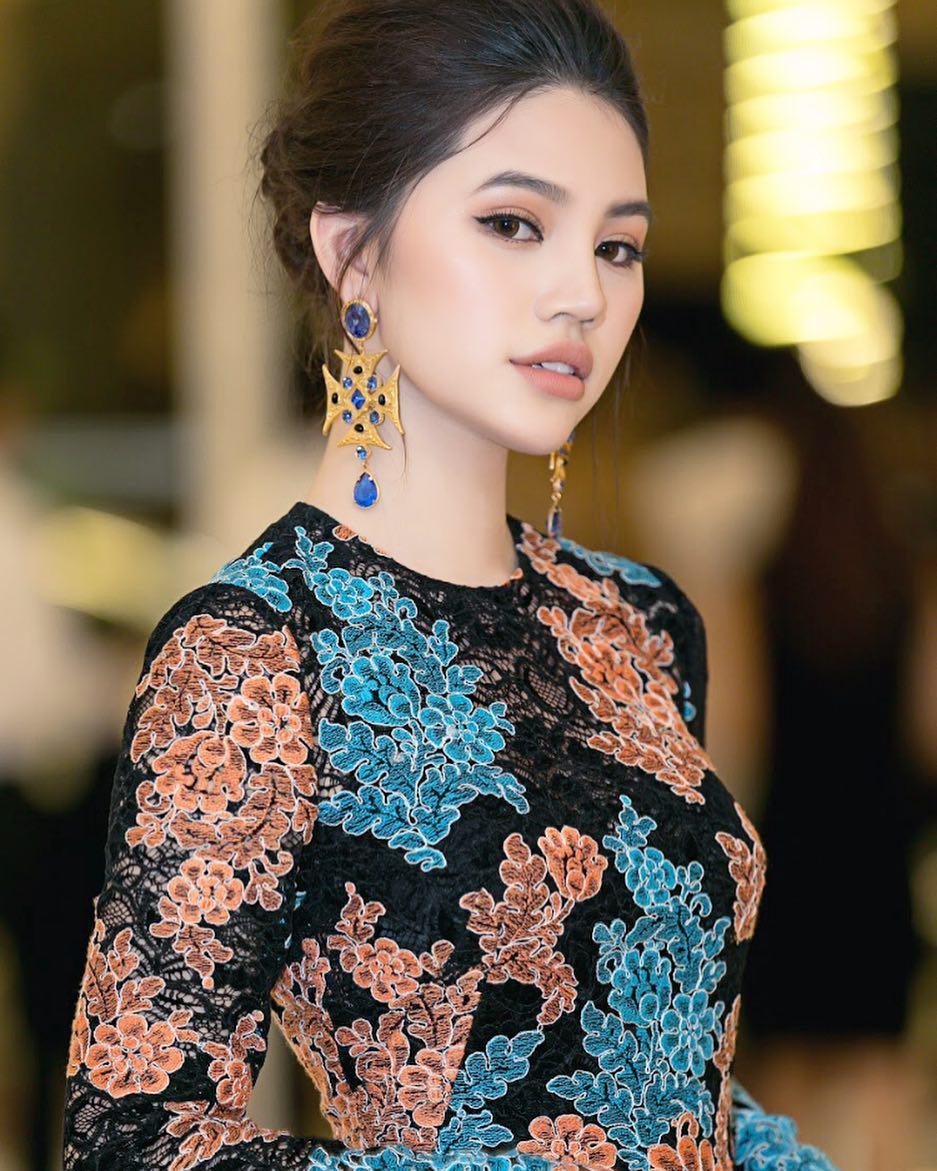 Jolie Nguyễn bất ngờ có động thái tiêu cực ngay giữa đêm - Ảnh 4.