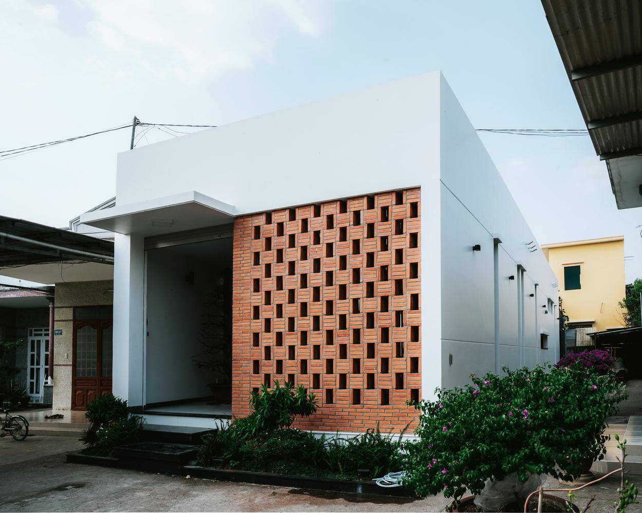 4 ngôi nhà độc đáo của Việt Nam được vinh danh Top 50 công trình đẹp nhất của năm trên tạp chí kiến trúc Mỹ - Ảnh 13.