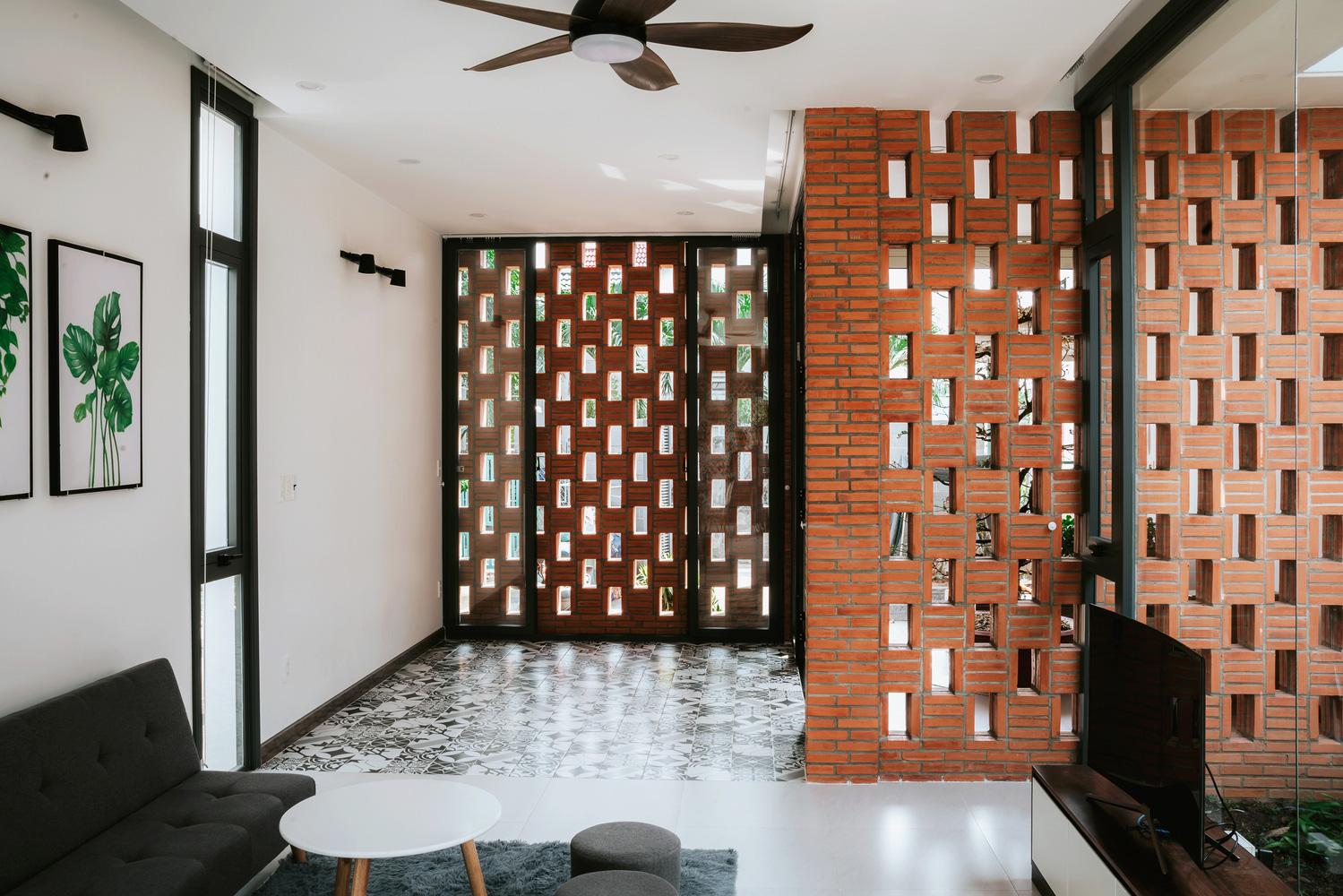 4 ngôi nhà độc đáo của Việt Nam được vinh danh Top 50 công trình đẹp nhất của năm trên tạp chí kiến trúc Mỹ - Ảnh 16.
