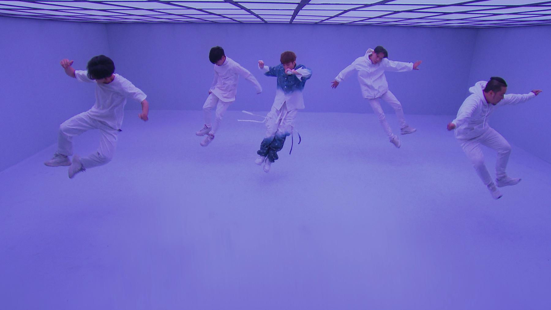 Sơn Tùng M-TP lần đầu biểu diễn ca khúc 68 triệu view - Ảnh 11.