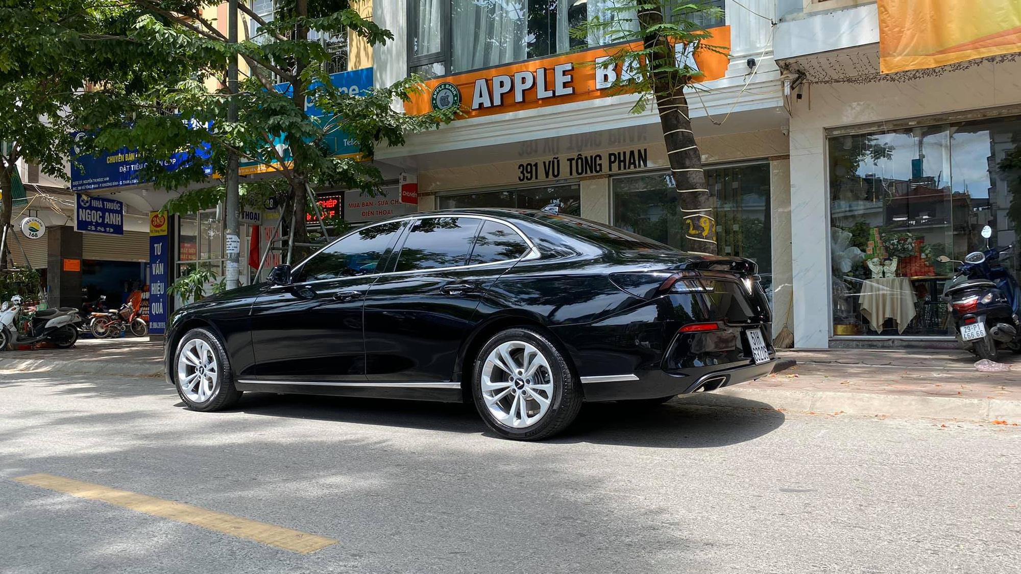 Vừa đăng kí 3 tháng, chủ nhân VinFast Lux A2.0 bán xe rẻ hơn giá niêm yết 300 triệu đồng - Ảnh 5.