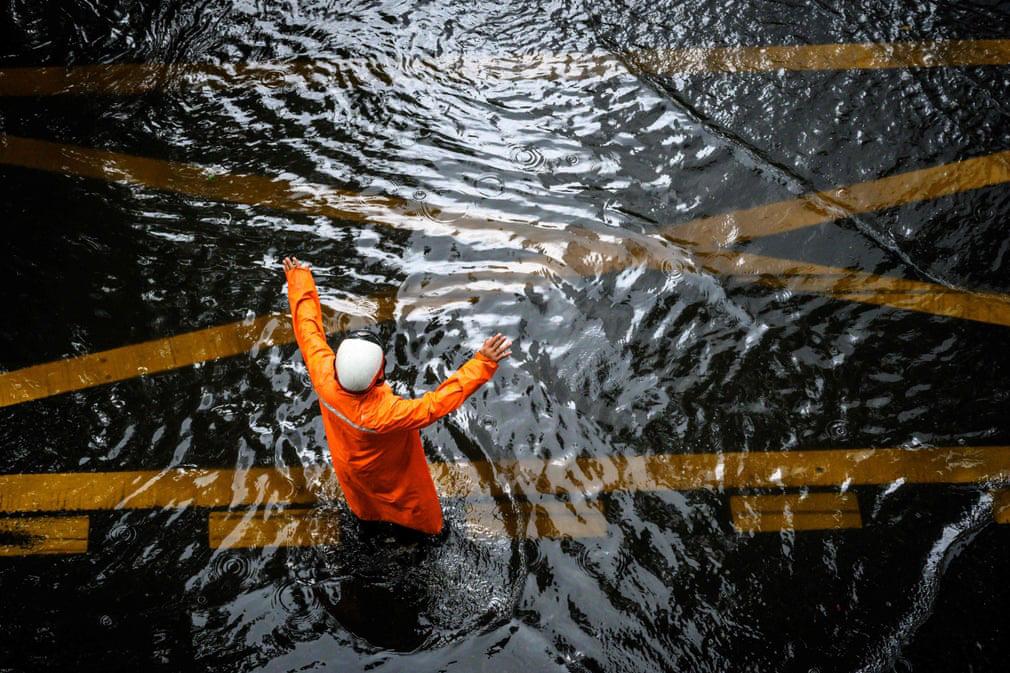 7 ngày qua ảnh: Cảnh tượng đập thủy điện khổng lồ xả lũ ở Trung Quốc - Ảnh 5.