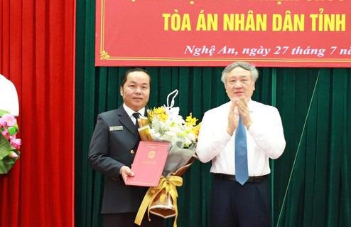 Trao quyết định nhân sự TAND tối cao, Viện KSND tối cao, Bộ Công an - Ảnh 1.