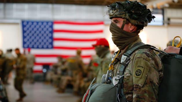 Quân đội Mỹ bất ngờ gia tăng ca nhiễm Covid-19 sau khi nới lỏng hạn chế - Ảnh 1.