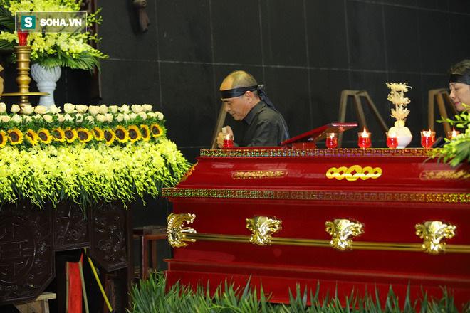 Con trai NSƯT Hoàng Yến: Mẹ ra đi bất ngờ trong lòng con đau đớn vô cùng! - Ảnh 6.