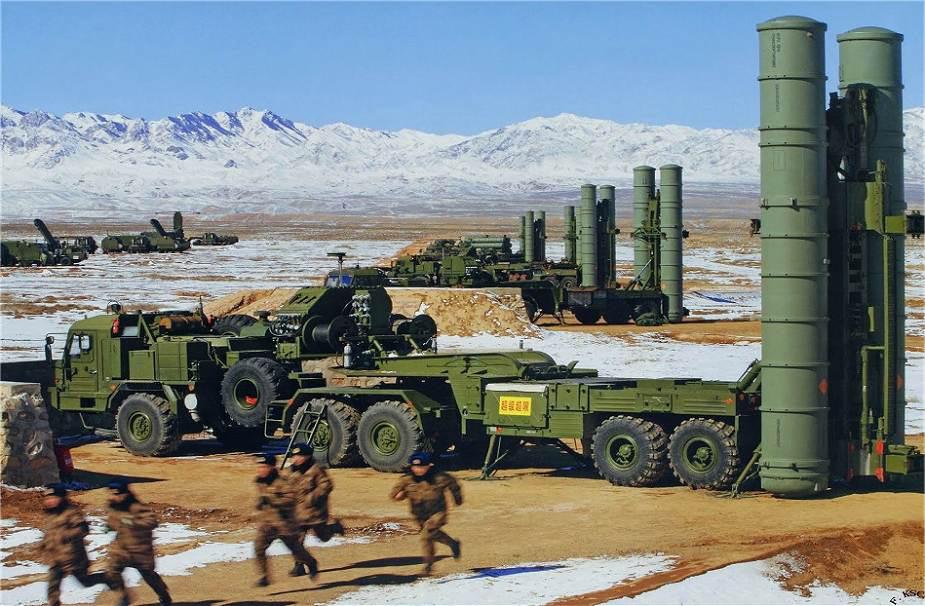 Mỹ mỉa mai phòng không Trung Quốc dựa hơi S-400 Nga, Bắc Kinh liền tung ra con bài tẩy - Ảnh 2.