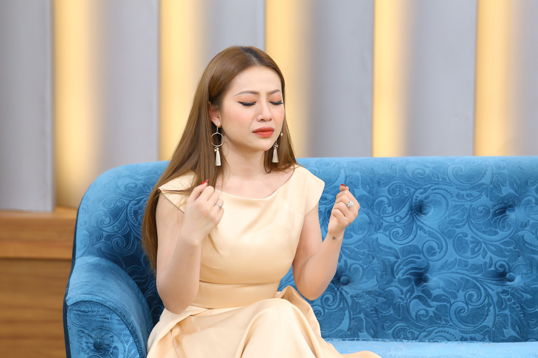 Ca sĩ Mia: Những người nghe tâm tư của em đều bảo em ích kỷ - Ảnh 2.
