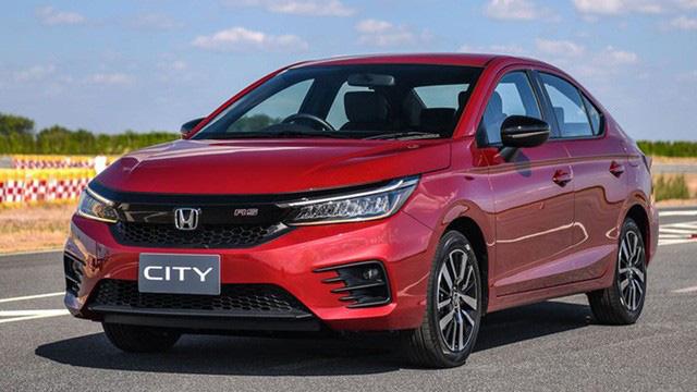 Đại lý xả hàng, nhiều mẫu ô tô tiếp tục giảm giá khủng lên tới gần 500 triệu - Ảnh 3.